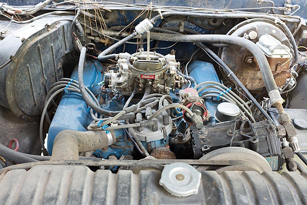 460 A/C bracket blocking vacuum advance - Ford Truck